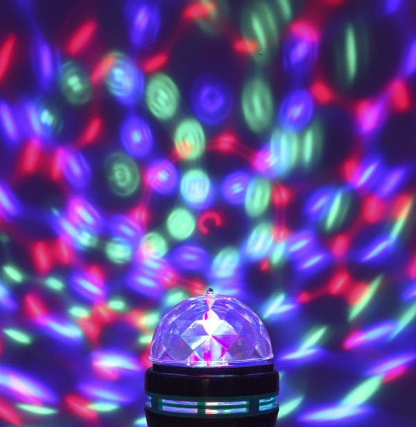 COLOR CHANGING LED PARTY BULB